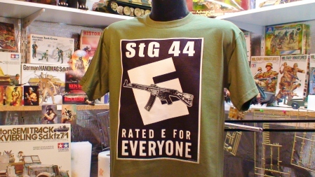 StG 44 RATED E Sturmgewehr German Assault Rifle Gun T Shirt